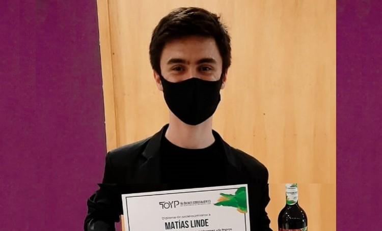 Estudiantes de Medicina reconocido como uno de los Diez Jóvenes Sobresalientes