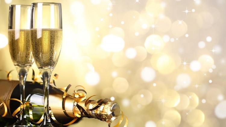 Nos reunimos a desearnos felices fiestas y brindar por un próspero 2019