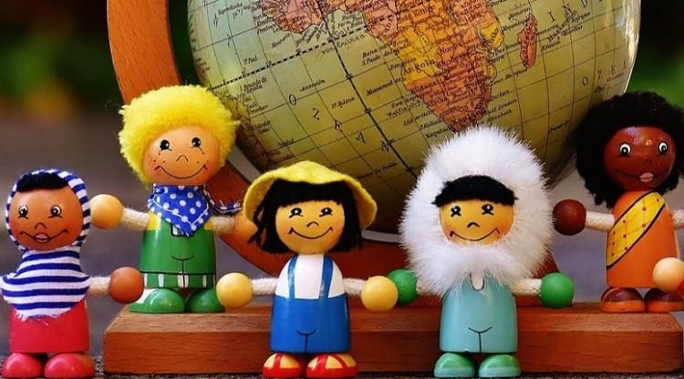 Convocan a postular para tutores de estudiantes extranjeros de intercambio