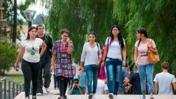 Convocan hasta el 25 de marzo a estudiantes para ser tutores universitarios/as