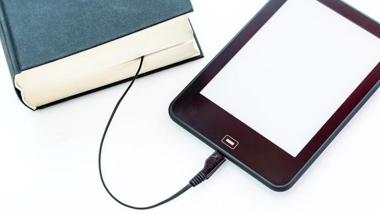 La Biblioteca FCM continúa prestando servicios especiales para aprovechar en cuarentena