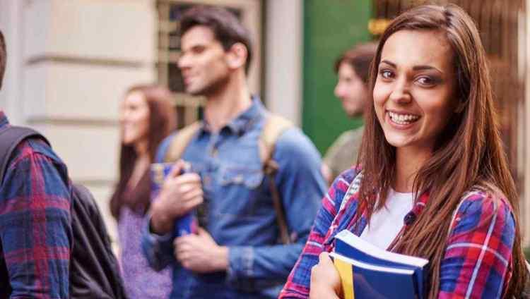 Convocan a tutores/as para asistir en la AMBIENTACIÓN 2019
