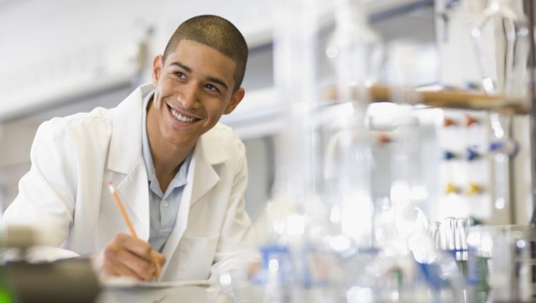 Comunican el órden de méritos de la convocatoria a Becas para Promoción de la Investigación para estudiantes