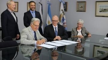 Futura cooperación: firmamos un memorándum de entendimiento con la Universidad Albert Ludwigs