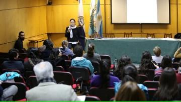 Nutrida concurrencia a charla de reclutamiento de Médicos Sin Fronteras