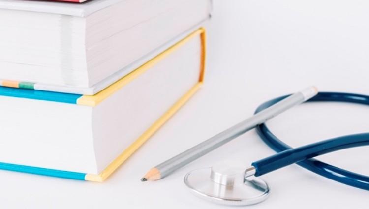 FCM y EDIUNC presentan una obra de Medicina Interna en 3 tomos