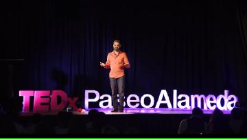 """Los cuidados paliativos y el concepto de """"muerte"""", en la charla TED de un docente de la FCM"""
