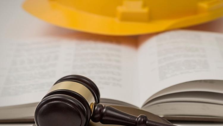 """Capacitación en """"Sistema legal de riesgo de trabajo y prevención de enfermermedades profesionales"""""""