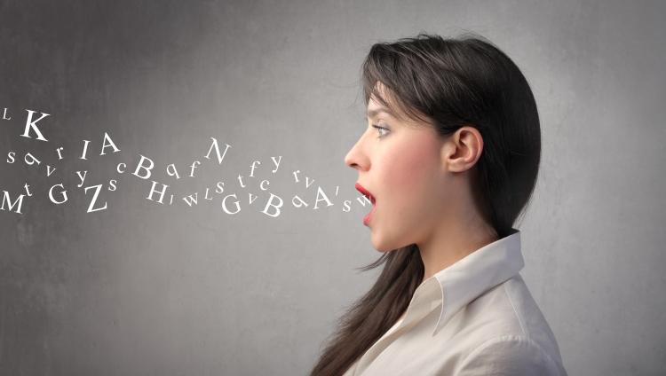 """Curso de """"Uso y Cuidado de la Voz"""""""