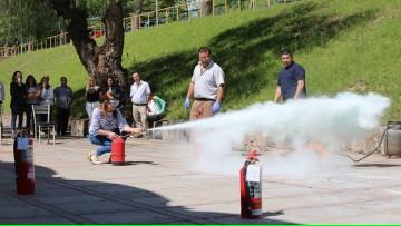 Capacitamos en el uso adecuado de extintores de incendio