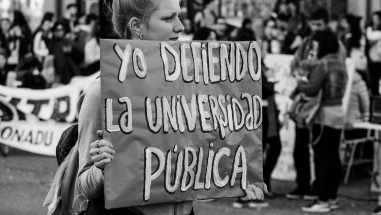 El 15 de mayo se conmemora en Argentina el Día del/la Docente Universitario/a