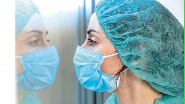 Saludamos a enfermeros y enfermeras en su día