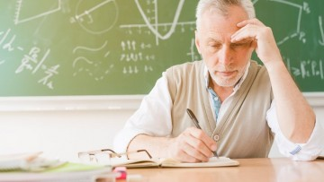 Defienden trabajo final que analiza la presencia de burnout en docentes de escuelas de la provincia de Mendoza